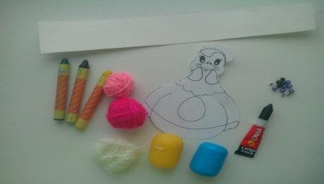Поделка «Курочка с яйцами» к празднику Пасхи