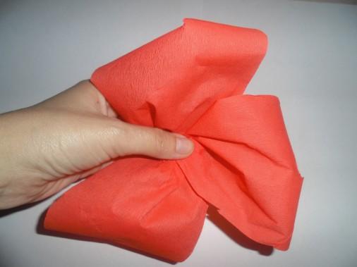Мастер-класс в детском саду по изготовлению маков из крепированной бумаги